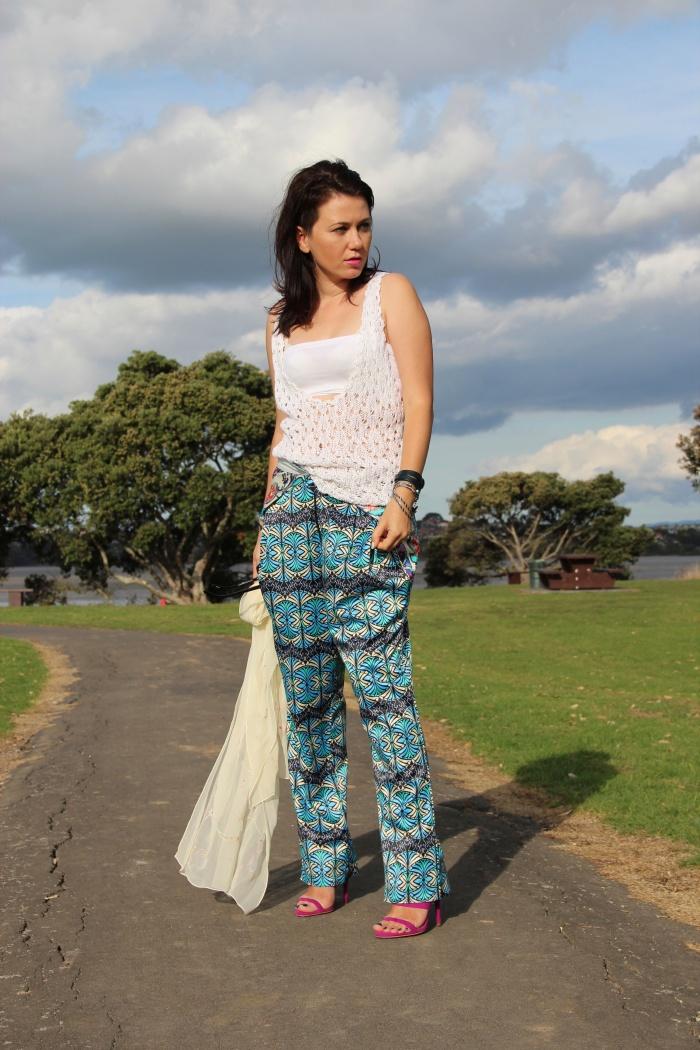 geometrical prints pants