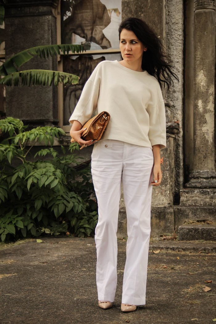 white+pants+trousers+new_zealand_lavender+loafers