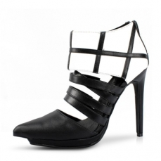 fluttering-color-block-pointy-toe-slender-heel-booties_1381832986665